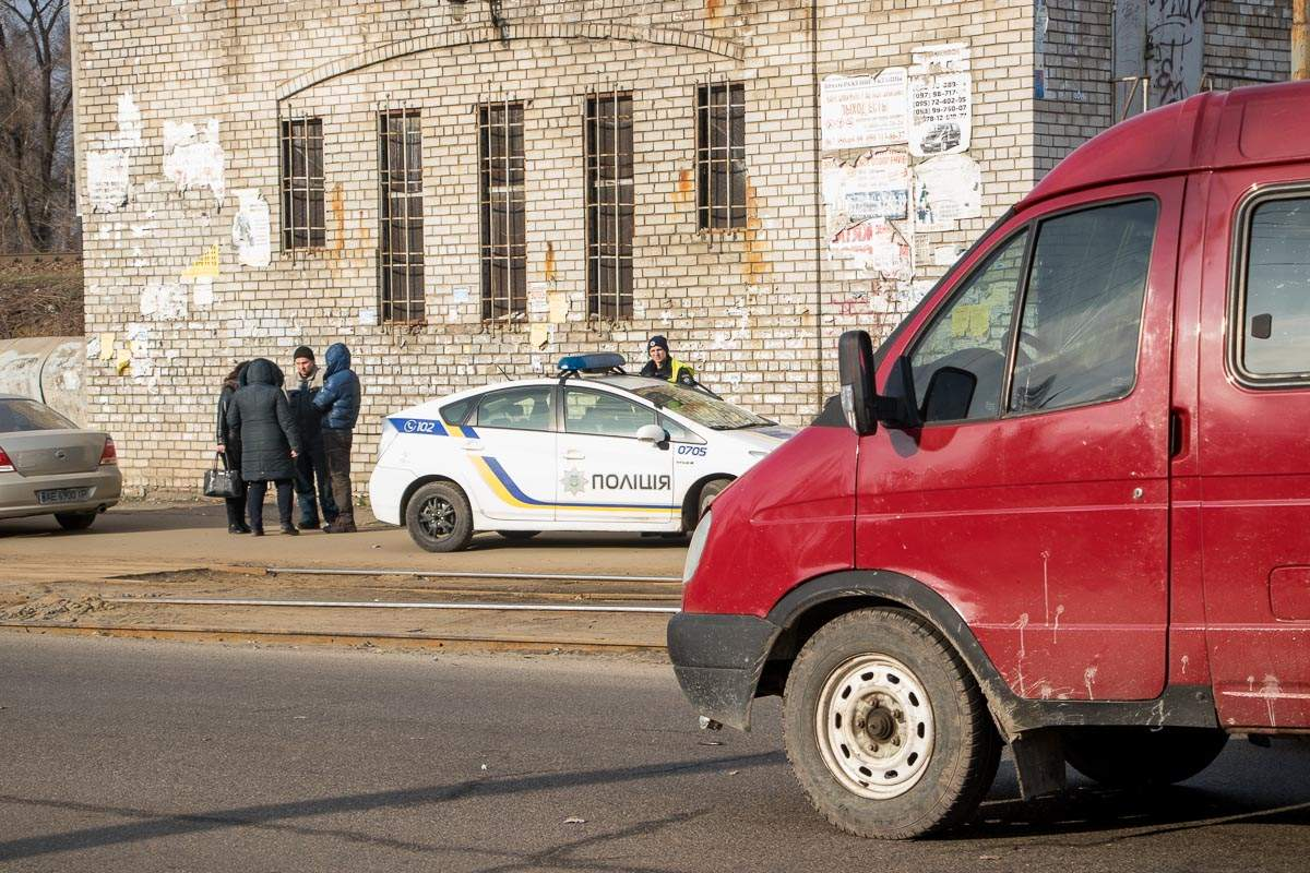 В Днепре на пешеходном переходе возле школы сбили ребенка (фото)