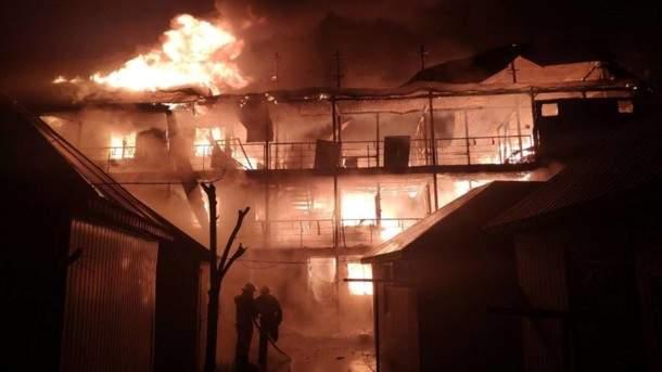 В Одесской области в результате масштабного пожара сгорели десятки зданий