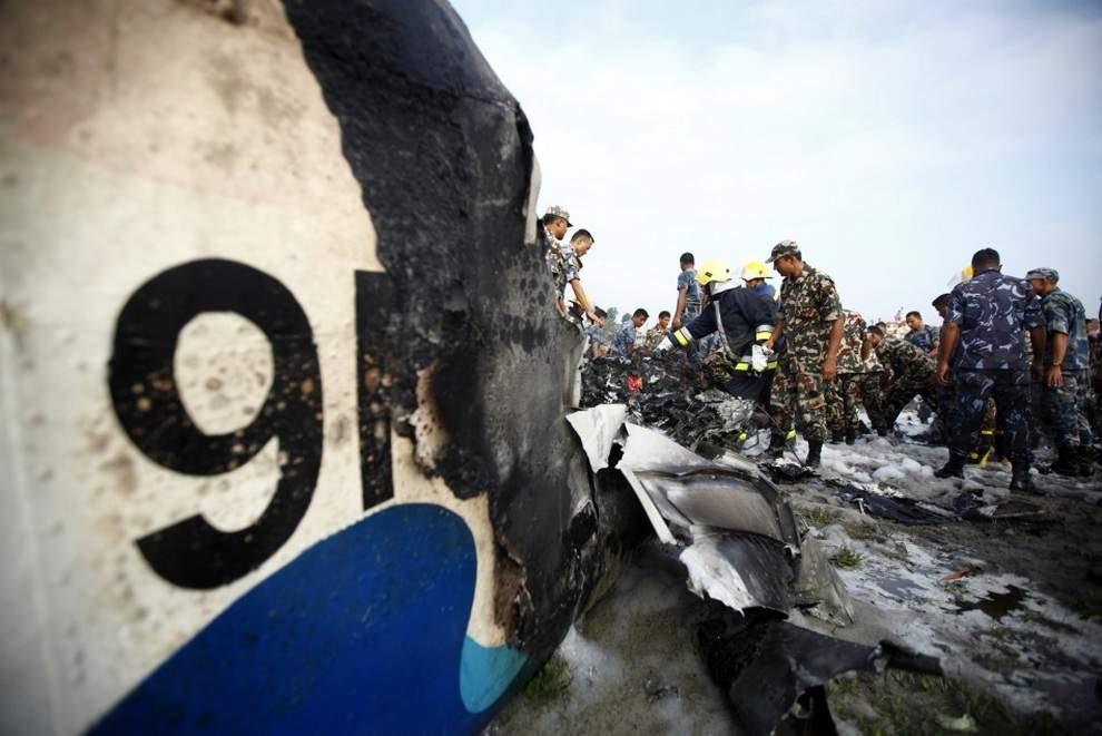 В Непале в результате падения вертолета погиб министр