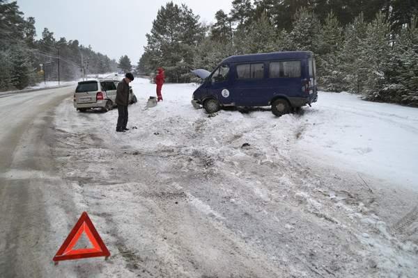 В Польше столкнулись четыре грузовика и 16 легковушек. Есть пострадавшие