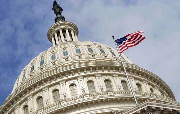 Конгресса США не смогла вернуть ЧП на границе с Мексикой