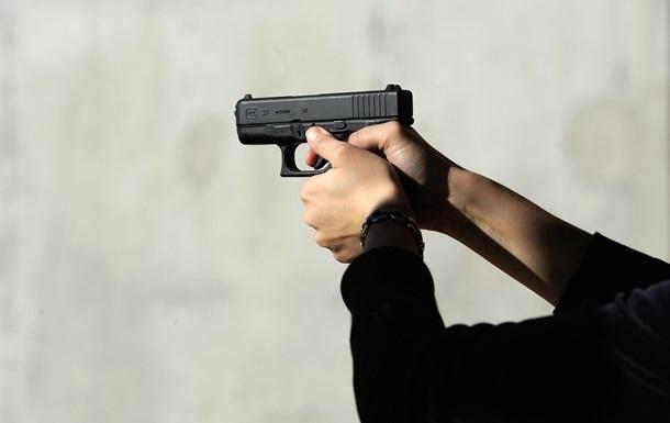 В Харькове неизвестный открыл стрельбу и ранил мужчину