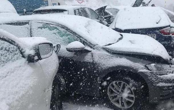 Массовое ДТП в Испании: 35 пострадавших, более 50 авто разбиты