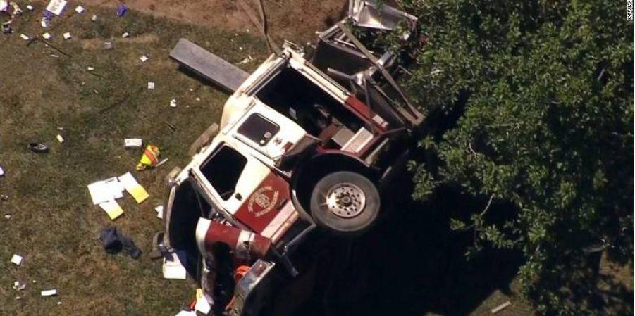 В штате Аризона, США произошло ДТП пожарного и легкового автомобилей