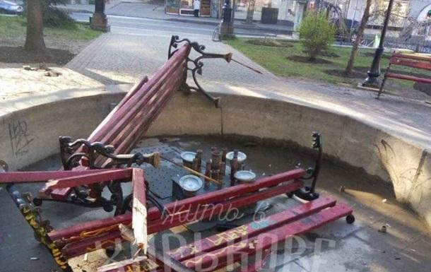 Харьковские подростки громили лавки в центре города