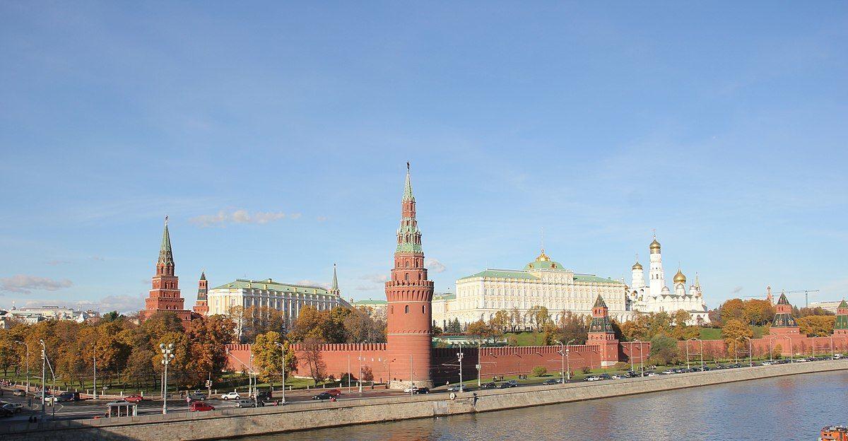 Российские власти хотят упростить временное проживание украинцев в России