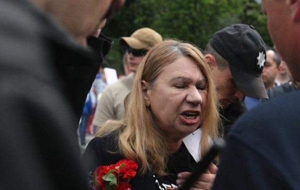 В Киеве полиция задержала организатора акции Бессмертный полк из-за  георгиевской ленты