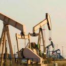 Мировые цены на нефть падают на фоне роста запасов сырья в США