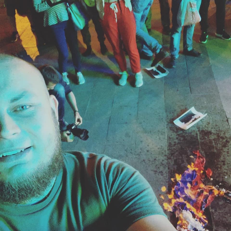 В Одессу с концертом приехала певица Темникова, посещала с гастролями Крым. Националисты устроили протест