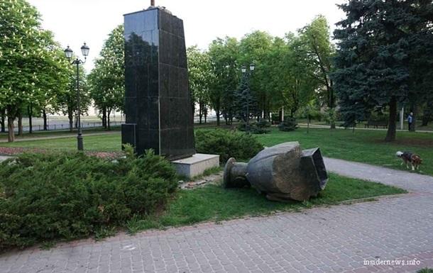 Нацполиция открыла уголовное производство из-за сноса памятника маршалу Жукову