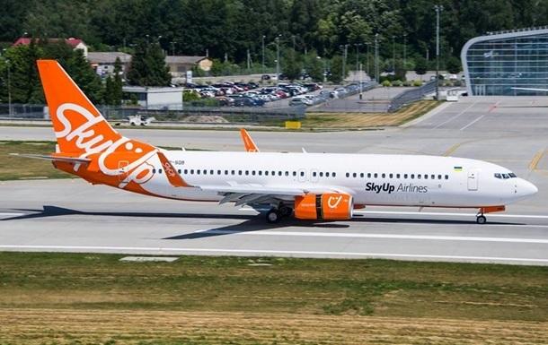 Суд Киевской области постановил приостановить действия лицензии украинской авиакомпании SkyUp Airlines