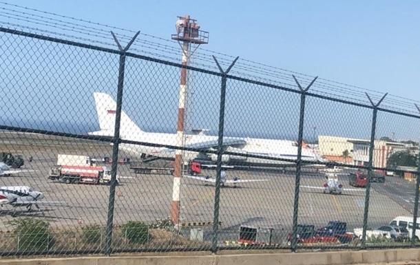 Российские военные вылетели из Каракаса в Москву