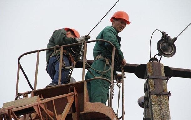 В Украине из-за дождя и штормового ветра без электроэнергии 16 населенных пунктов