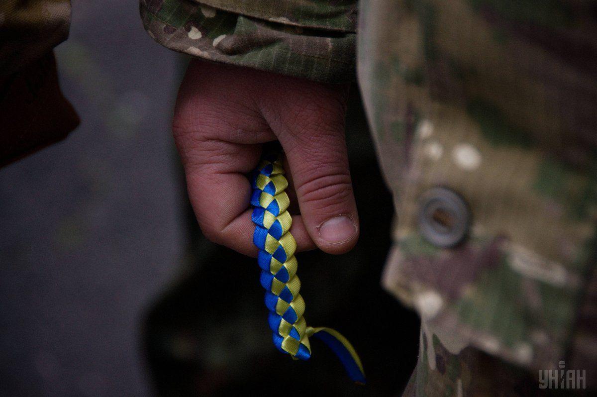 В больнице Днепра умер солдат. Пуля в голову в следствии