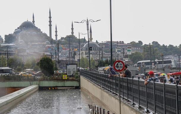 Ливень затопил Стамбул, есть жертвы