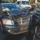 В Киеве Range Rover столкнулся с Tesla и влетел в толпу пешеходов