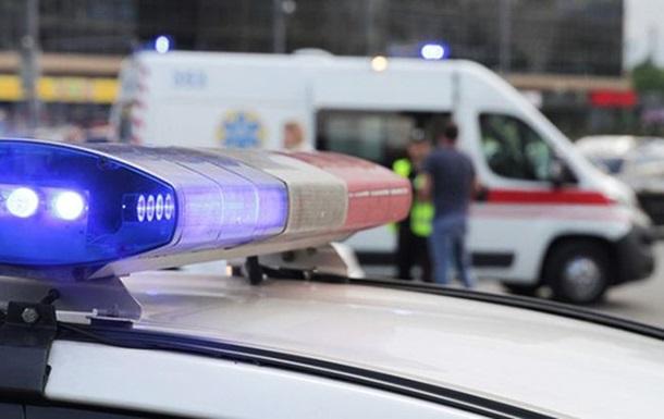 В Киеве водителей устроили ссору из-за первоочередности проезда, один из них открыл стрельбу