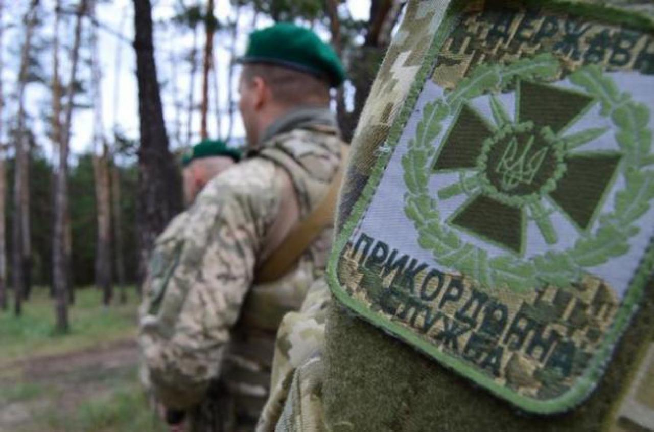 От ранения в шею погиб пограничник в Харьковской области