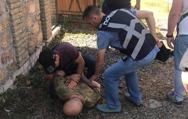 В Киевской области во время задержания мужчина бросил в  полицейских две гранаты