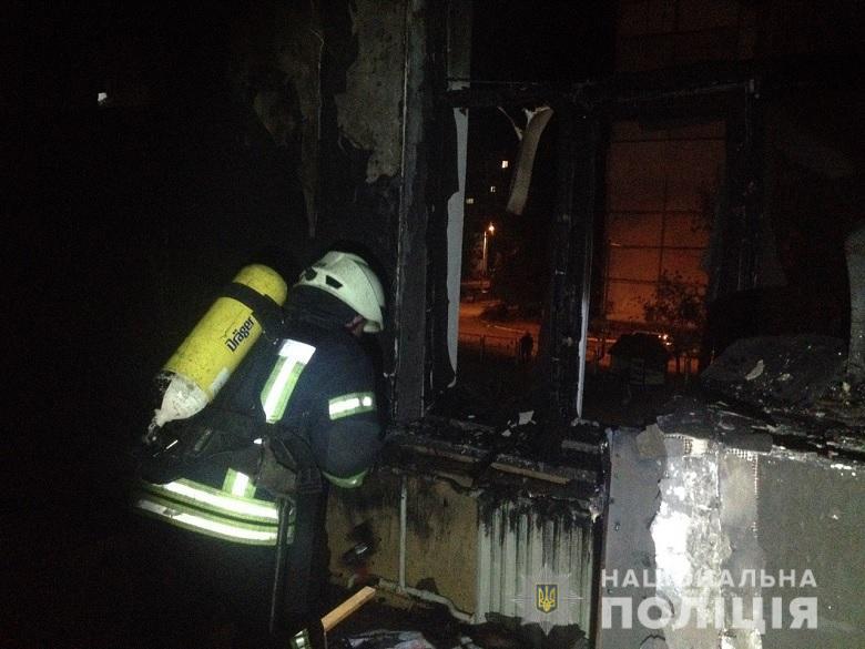 В Киеве на Оболони подожгли детский сад