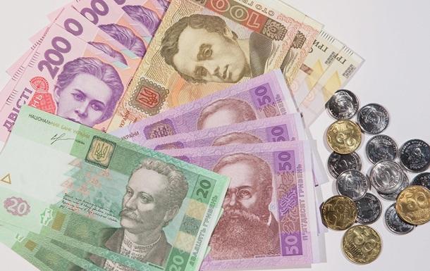 Гривна по отношению к доллару будет терять 50 копеек ежегодно