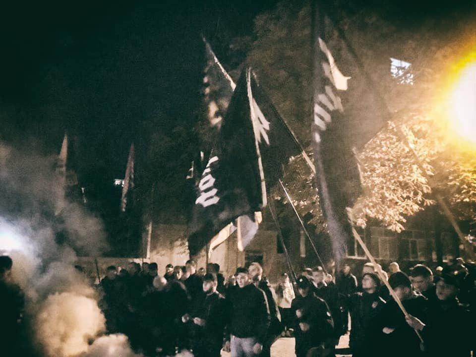 Внутренние разборки радикалов: Аваков и Порошенко стравливают «карманных» националистов