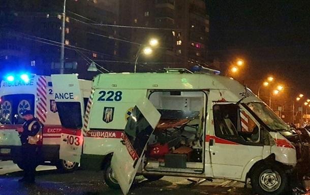 ДТП в Киеве: погибли водитель машины скорой помощи и фельдшер