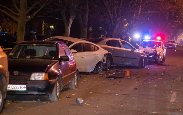 В Киеве пьяный водитель устроил ДТП и пытался скрыться
