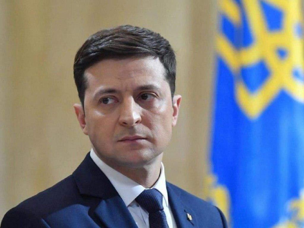 Владимир Зеленский рекомендовал Кабмину снизить тарифы на отопление уже в декабре (ВИДЕО)