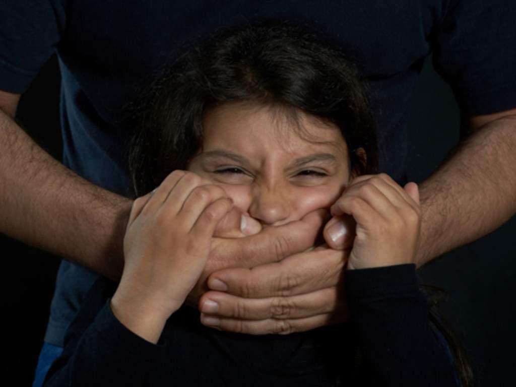 В Кривом Роге отец троих детей изнасиловал несовершеннолетнюю девочку