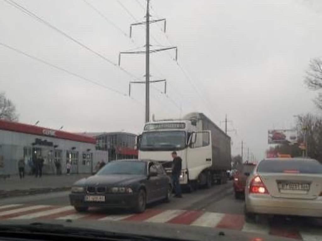 В Херсоне фура на «зебре» врезалась в BMW (ФОТО)