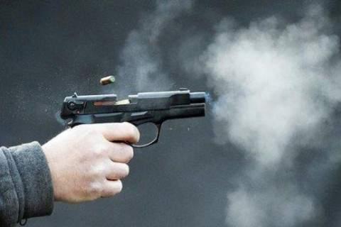 Выстрелил себе в голову: под Киевом полицейский попытался совершить суицид