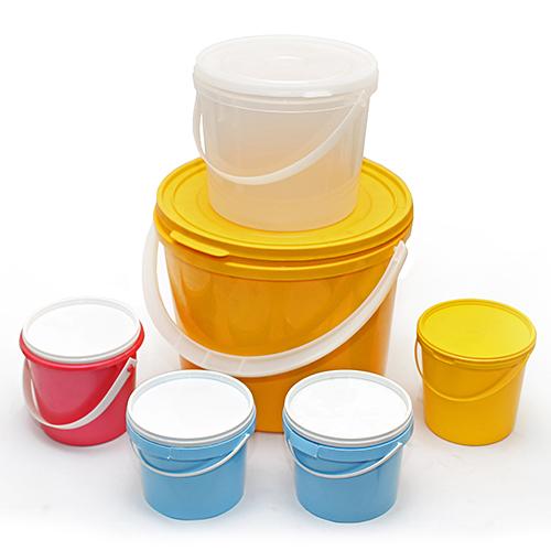 Преимущества пластиковых ведер для фасовки меда
