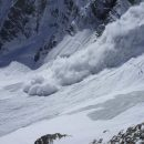 В Гималаях 120 человек пострадало из-за схода лавины