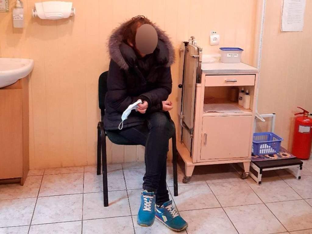 В Луцке мать бросила  годовалого ребенка посреди улицы, а сама пошла развлекаться с сожителем