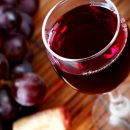 Авария на предприятии: В Штатах  100 тысяч литров вина вылились в реку (ВИДЕО)