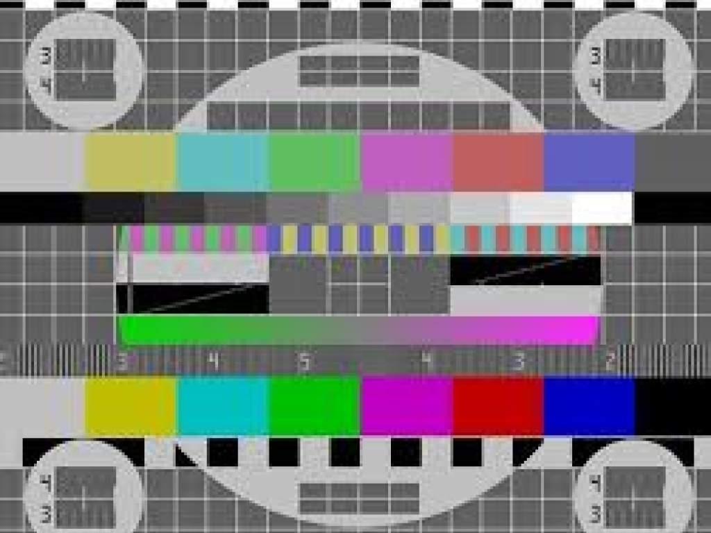 На украинском телевидение исчезло больше 20 каналов