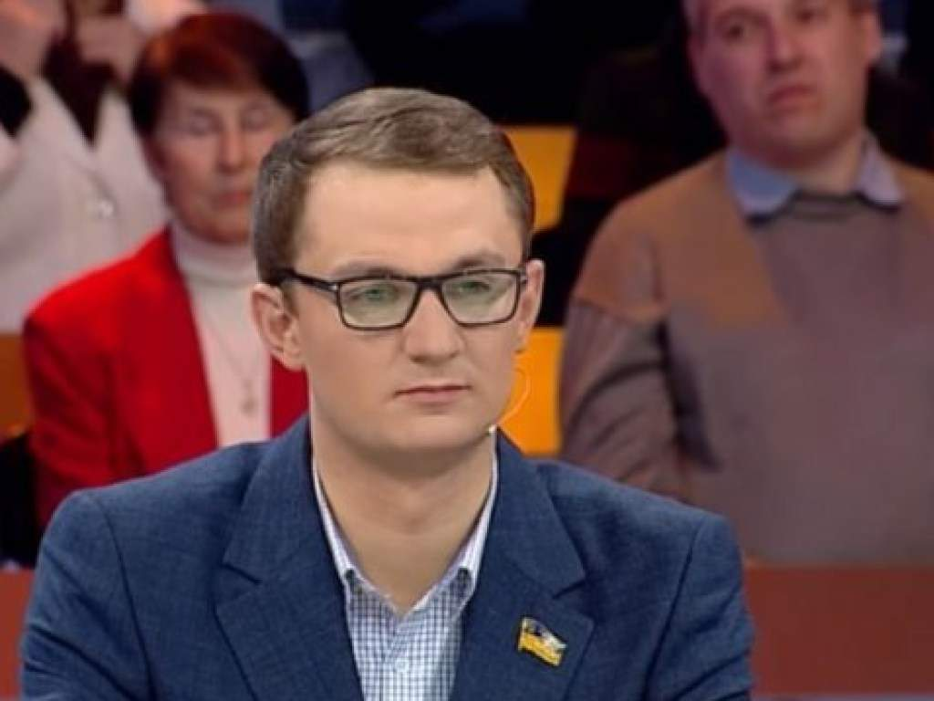 На сайте OLX можно купить за сто гривен народного депутата