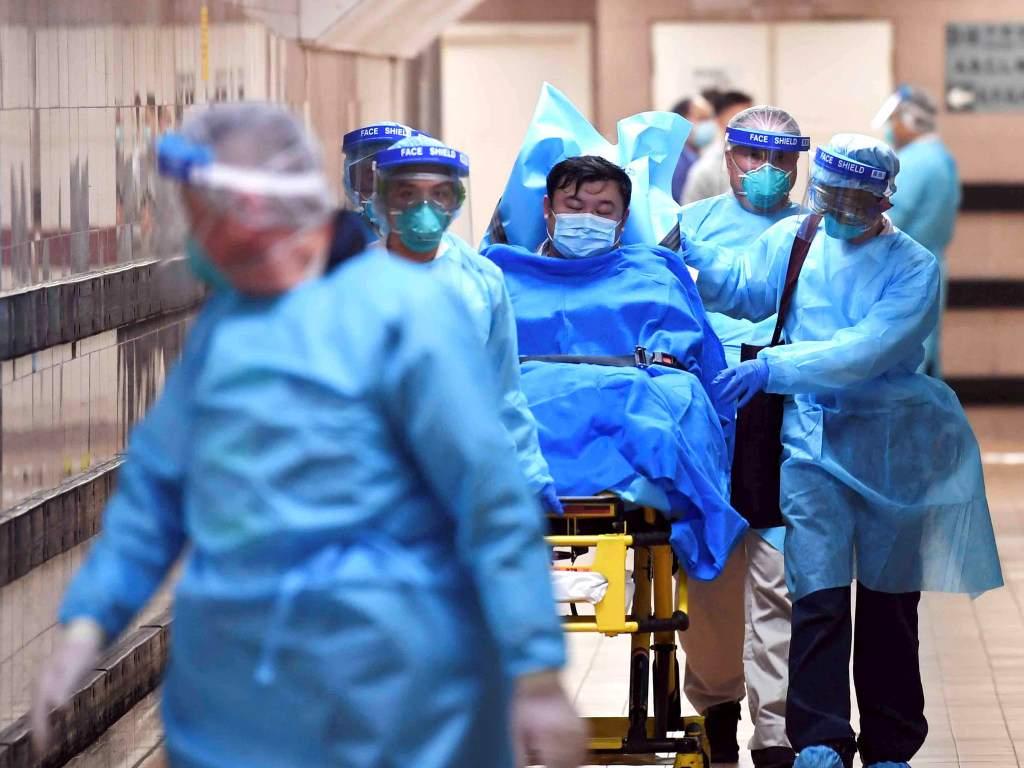 В Китае полиция задержала мужчину, не сообщившего властям о посещении Уханя и заразившего около 7 человек