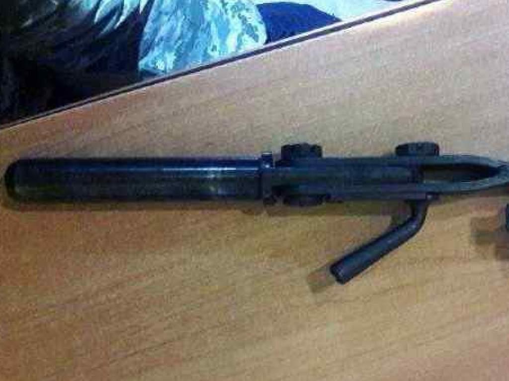 На границе с Молдовой остановили иностранца, который пытался вывезти из Украины оружие