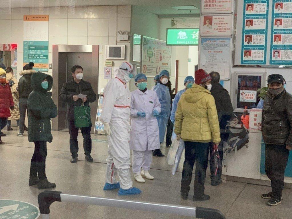 ВОЗ: Количество жертв  коронавируса в Китае увеличилось до 636