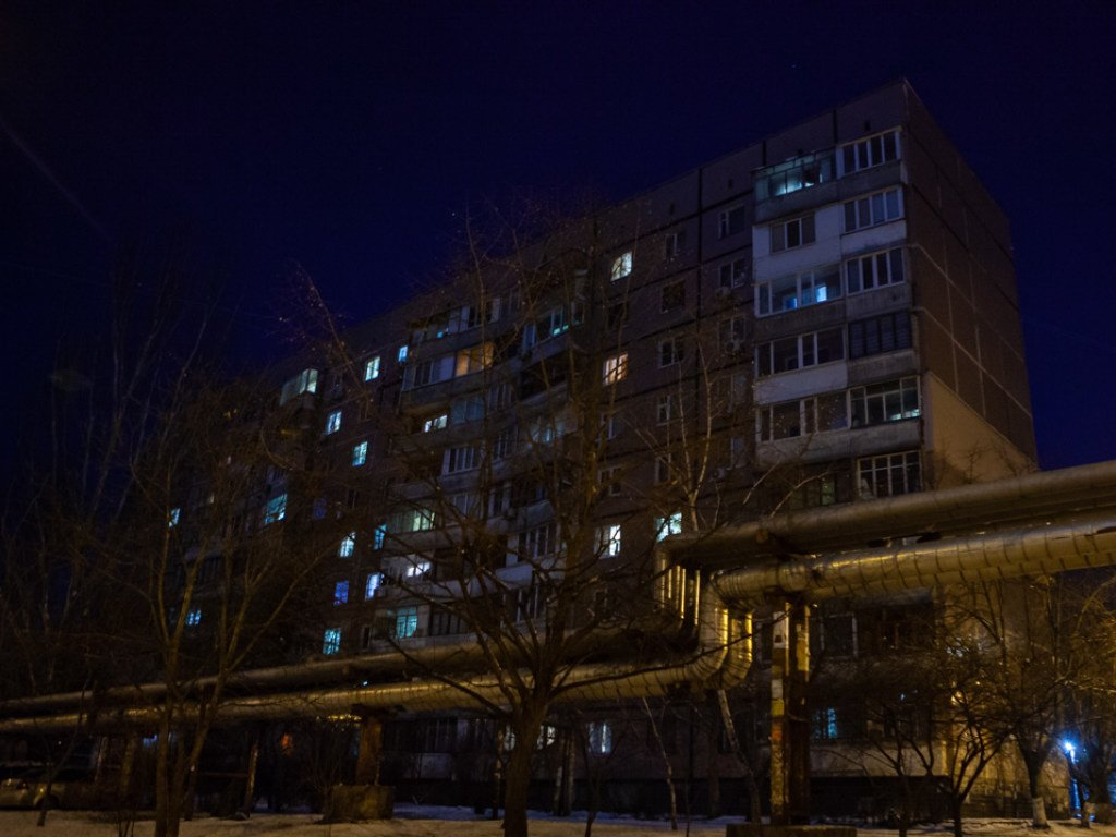 В Днепре выжил выпрыгнувший с 7 этажа парень