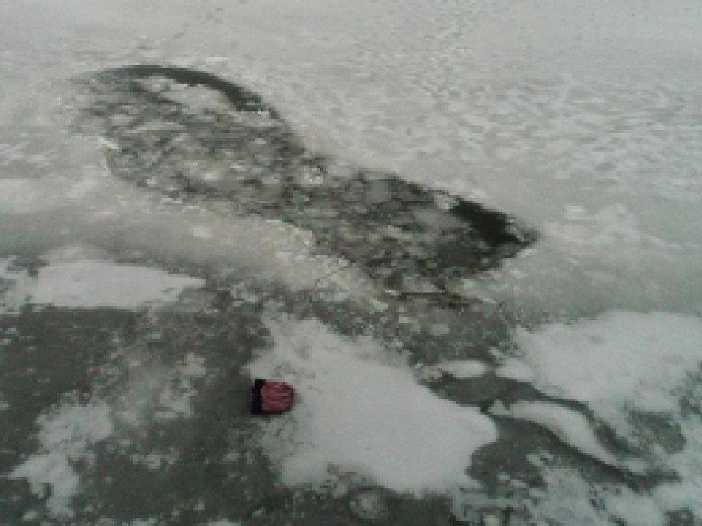Трагедия под Запорожьем: под лед провалились 3 маленьких ребенка