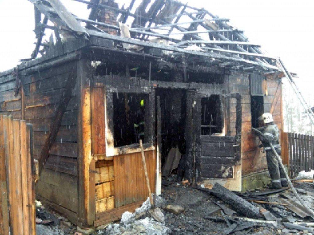 На Закарпатье в собственном доме погиб  пенсионер (ФОТО)