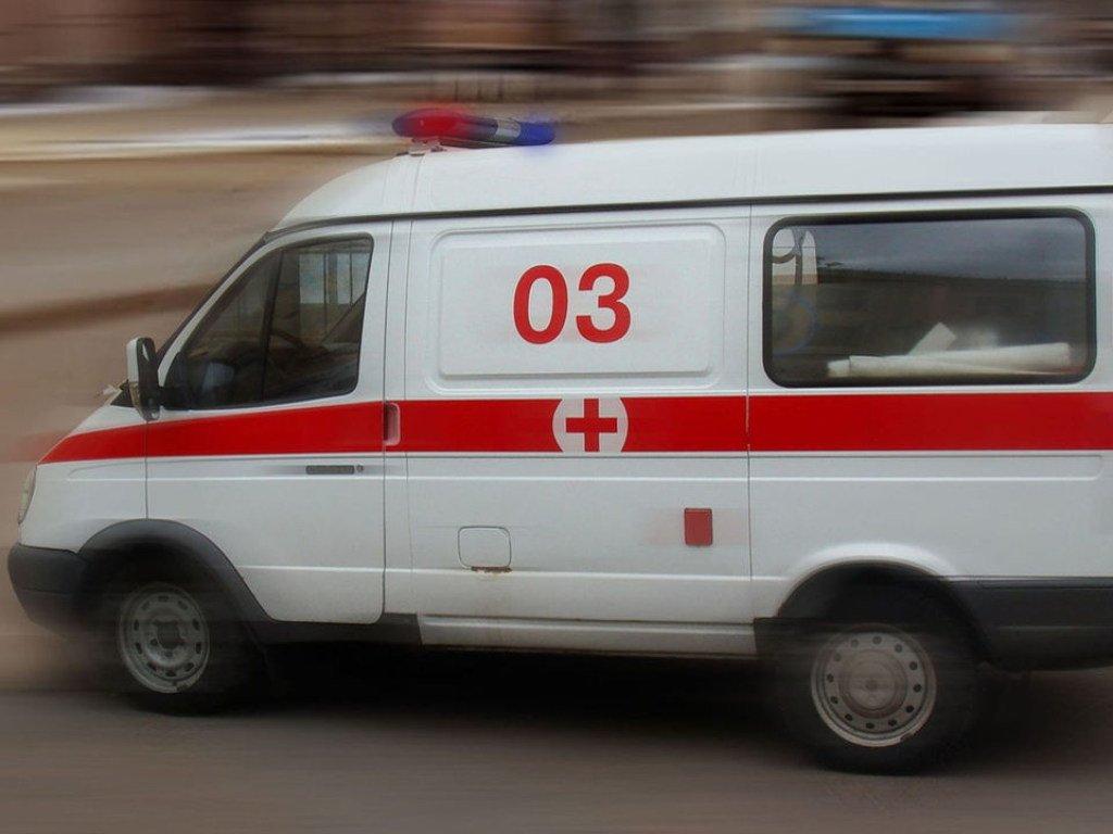 В Киеве водитель  не пропустил «скорую»  (ВИДЕО)