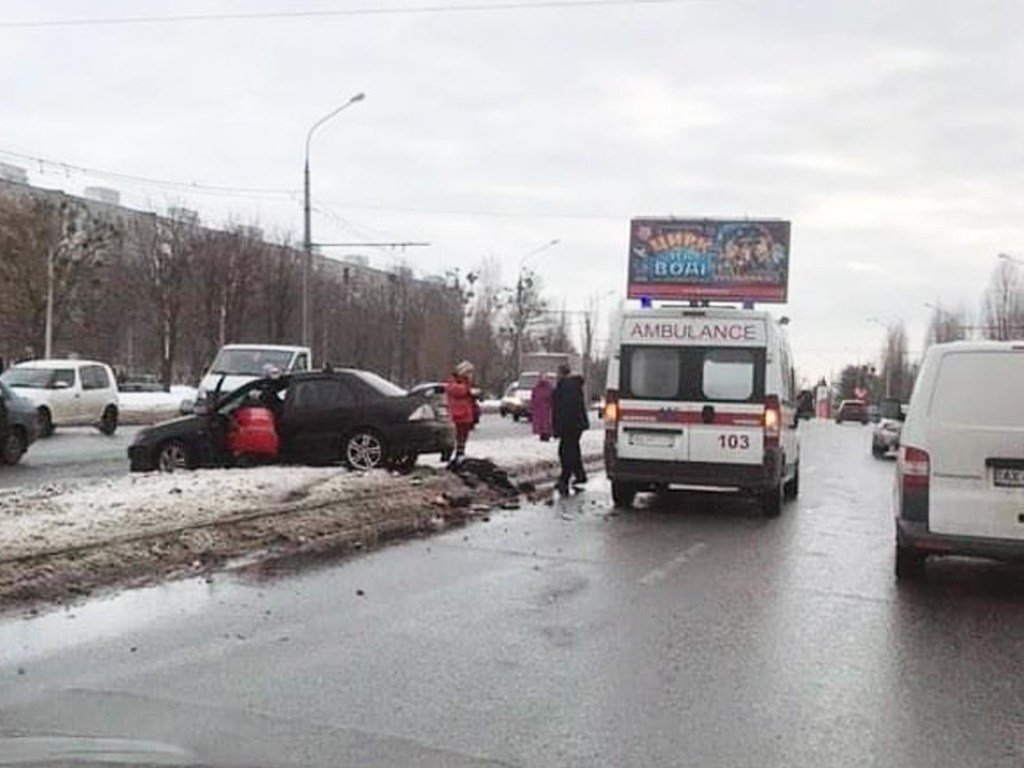 В Харькове машина сбила двух женщин: полиция начала расследовать трагическое ДТП