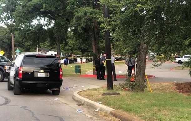 В США в парке во время стрельбы ранены 5 человек
