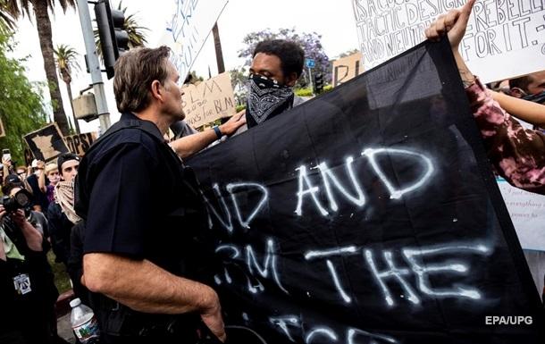 Не менее 11 человек погибли в ряде американских городов за время протестов