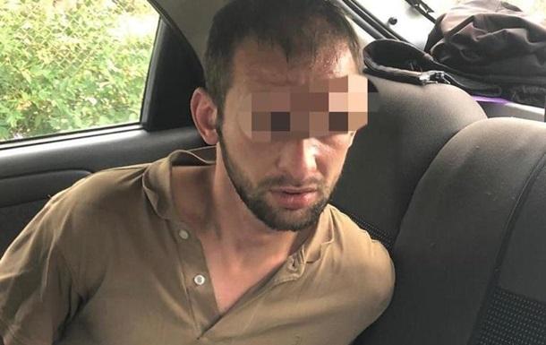 В Киевской области мужчина зарезал сестру и еще двух человек