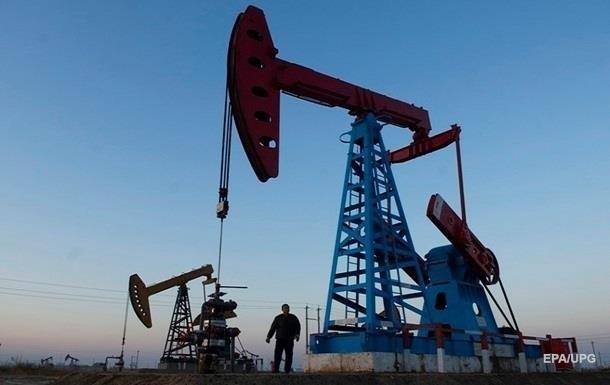 Нефть выросла в цене из-за сокращения ее добычи